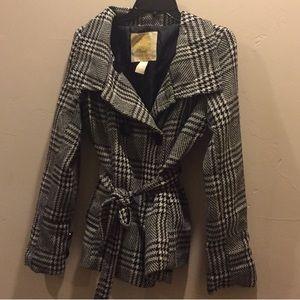 Cute black and white plaid dress coat